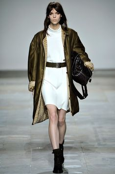 Topshop Unique Fall 2012 Ready-to-Wear Collection Photos - Vogue
