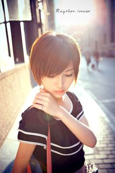 30 Cute Short Haircuts for Asian Girls 2019 - Chic Short Asian . - 20 Cute Brief Haircuts with Bangs for Ladies in 2019 Layered Haircuts Straight, Cute Short Haircuts, Haircuts With Bangs, Straight Bob, Popular Short Hairstyles, Sleek Hairstyles, Short Hairstyles For Women, Asian Hairstyles, Hair Styles 2014