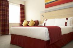 #Hotel: HOLIDAY INN EXPRESS REDDITCH, Redditch, United Kingdom. For exciting #last #minute #deals, checkout #TBeds. Visit www.TBeds.com now.