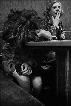Au Café Lehmitz à Hambourg en 1969 anders petersen cafe lehmitz 1969 04 photo photographie histoire art