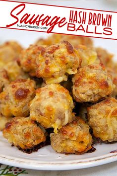 Sausage & Hash Brown Balls {Football Friday} – Plain Chicken Sausage & Hash Brown Balls – mix together and freezer for a quick snack. Always a HUGE HIT! Can freeze for later. Great for breakfast or at parties. There are never any left! Bisquick Recipes, Sausage Recipes, Pork Recipes, Cooking Recipes, Meatball Recipes, Casserole Recipes, Chicken Recipes, Finger Food Appetizers, Appetizers