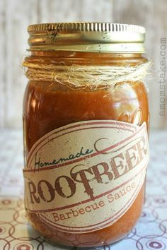 Homemade Root Beer Barbecue Sauce Recipe Root Beer Barbecue Sauce recipe + printable label too! Beer Barbecue Sauce Recipe, Grilling Recipes, Cooking Recipes, Smoker Recipes, Rib Recipes, Cooking Tips, Chipotle, Catering, Bbq Rub