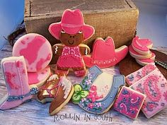 Giddee up Cowgirl sugar cookies. Cute Cookies, Sugar Cookies, Kylie Birthday, Birthday Ideas, Cowgirl Cookies, Cowboy Theme Party, Diy Accessoires, Cowgirl Birthday, Party Pops