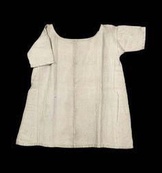 Heavy linen shift/chemise, no date given (presumably 18th or 19th century), MFA: 43.1241