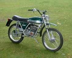 agrati garelli tiger cross - Google Search Vintage Motocross, Vintage Motorcycles, Cars And Motorcycles, Classic Bikes, Super Sport, Cafe Racers, Motorbikes, Google Search, Old Motorcycles