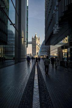 Next to my fav hotel Hilton Tower Bridge.  London. Tower Bridge view // Flickr: by  naughton321