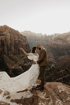 This adventure-loving couple celebrated ten years together with a scenic inspiration shoot at the tip of the Canyon Trail Overlook in Zion National Park. Breathtaking views and windswept moments set the scene for this bohemian inspiration shoot. See more wedding inspiration at rusticweddingchic.com | Photo: @claudianoellephoto Woodland Wedding, Boho Wedding, Rustic Wedding, Wedding Ideas, Zion National Park, National Parks, Bohemian Wedding Inspiration, Overseas Travel, Bridal Photoshoot