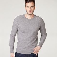 #jeanspl #men #mencollection #levis #liveinlevis #levisstrauss #jeans #sweatshirt #original #crew #mediumgrey