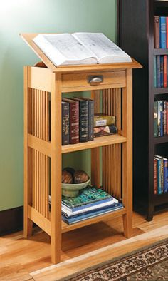 An advanced skills Craftsman-Style Library Stand. Arts And Crafts Furniture, Furniture Projects, Furniture Plans, Diy Furniture, Furniture Design, Cool Woodworking Projects, Woodworking Plans, Woodworking Apron, Craftsman Style Furniture