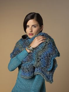 Ravelry: Maria's Shawl pattern by Lisa Gentry