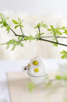 Easter Decoration DIY Scandinavian Nordic Interior Spring Daisy
