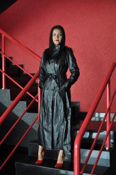 Long Leather Coat Mistresses : Photo