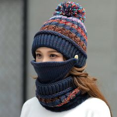 Tube Scarf, Loop Scarf, Knit Beanie, Beanie Hats, Skier, Winter Knit Hats, Hat And Scarf Sets, Neck Scarves, Bleu Marine