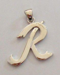 ciondolo lettera ,,R,,iniziala alfabeto in acciaio