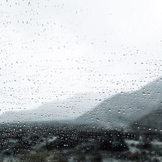 witanddelight:  Rainy drive in the desert.