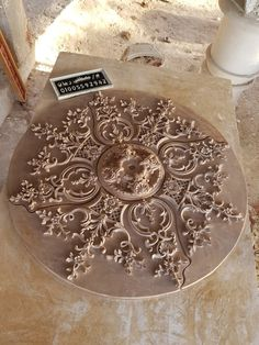 Wood Art Panels, Panel Art, Ceiling Detail, Ceiling Design, Classic Ceiling, Stuck, Carving Designs, Ceiling Rose, Creative Tattoos