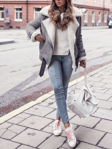 Grey Coat with Fur Lapel. The perfect trendy jacket for this winter. Fur lapel jacket makes the TOP 10 best jackets of the season. Perfect outfit of jacket and blue jeans. Fabric :Fabric has no stretc - April 20 2019 at Mode Outfits, Winter Outfits, Casual Outfits, Fashion Outfits, Fashion Tips, Fashion Trends, Tween Fashion, Winter Dresses, Cheap Fashion