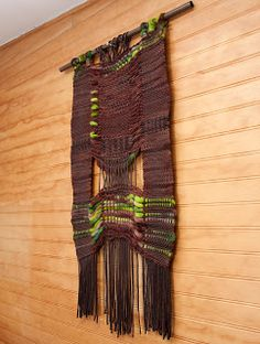Nativo La Tienda I love the contrast of the different sett in the middle Types Of Weaving, Weaving Art, Weaving Patterns, Tapestry Weaving, Loom Weaving, Textile Prints, Textile Art, Textiles, Contemporary Carpet