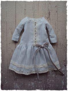 Downton Dress for Blythe dolls - white stripes by moshimoshi studio