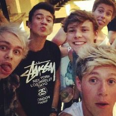 5SOS and Niall :))) nialls the 5th 5sos member!!! haha