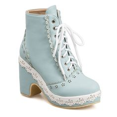 Lace-Up Floral Engraving Chunky Heel Short Boots Join Sammydress NOW Get YOUR $50 and a chance to GET THIS FOR FREE!!