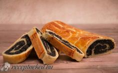 Bejgli (mákos és diós) My Recipes, Sweet Recipes, Favorite Recipes, Hungarian Desserts, Bulgarian Recipes, Baking And Pastry, Hot Dog Buns, Baked Goods, Bakery
