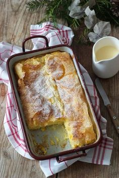 Recipes Snacks Sweet Milchrahmstrudel Rezept - Milchrahmstrudel mit Vanillesauce // Millirahmstrudel // milk-cream strudel with vanilla sauce // Sweets & Lifestyle®️️️ Cake Recipes Without Oven, Cake Recipes From Scratch, Easy Cake Recipes, Sweet Recipes, Baking Recipes, Dessert Recipes, Healthy Recipes, Pasta Recipes, Strudel Recipes