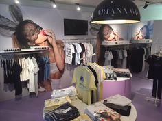 P i n t e r e s t : ღ G i r l y C a t ღ i want a Ari pop shop where i live Ariana Merch, Ariana Perfume, Ariana Grande Fragrance, Bae, Ariana Grande Pictures, Big Sean, Dangerous Woman, She Song, Role Models