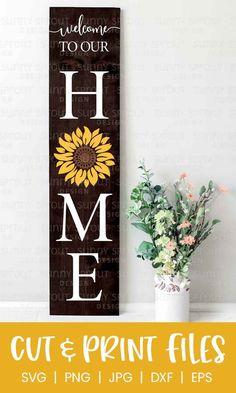 Outdoor Welcome Sign, Welcome Signs Front Door, Wooden Welcome Signs, Front Porch Signs, Wooden Signs, Summer Front Porches, Summer Porch Decor, Diy Porch, Porch Wood