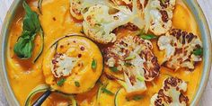 Iron-Enriched Roasted Cauliflower & Curry Soup