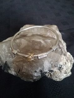 Zino UK Jewellery ,little old rock ,o, gold bangle ,9ct gold and solid sterling silver