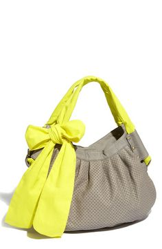 super cute spring bag!