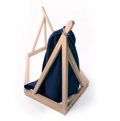 Designer- Hängematte mit Holzgestell von Laurent Corio | Möbel ...