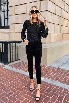 Fashion Jackson Wearing Black Sequin Top Black Velvet Pants NYE Outfit Source by fashion_jackson fashion inspiration Nye Outfits, Summer Work Outfits, Fall Winter Outfits, Casual Outfits, Winter Wear, Holiday Fashion, Winter Fashion, Women's Fashion, Fashion Outfits