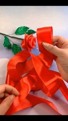 Paper Flowers Craft, Flower Crafts, Diy Flowers, Fabric Flowers, Fabric Flower Headbands, Rose Crafts, Tissue Flowers, Balloon Flowers, Organza Flowers