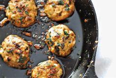 Thai Basil Chicken Meatballs - BeautyfromBurntToast Chicken Meatball Recipes, Chicken Meatballs, Turkey Meatballs, Recipe Chicken, Asian Recipes, Healthy Recipes, Thai Basil Recipes, Hawaiian Recipes, Yummy Recipes