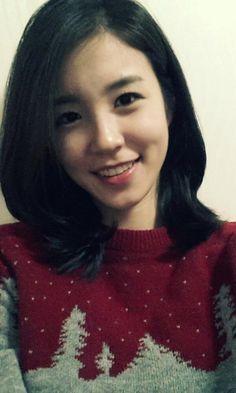 Jang Ye-Won, Korean newscaster
