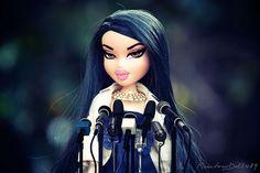 Nouna Bratz Dolls Original, Bratz Doll Outfits, Black Bratz Doll, Brat Doll, Monster Dolls, Barbie Dream, Barbie Collection, 2000s Fashion, Black Girl Magic