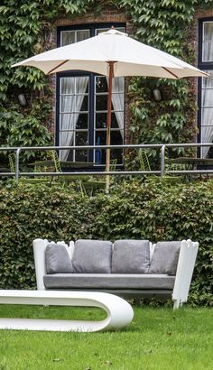 #outdoor #outdoordesign, #outdoorfurniture, #showroom, #bruges, #design, #lighting, #lamps, #garden #gardening, #landscapearchitecture