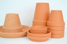 5 projects with terra cotta pots saucers, pallet