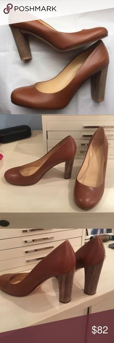 Kate Spade Kami Classic Pump Heel 9 1/2 Beautiful Kate Spade Kami classic camel/tan heels in a Medium width (heel is 4 inches), EXCELLENT condition, very comfortable with a padded insole, outsole is leather. Offers considered. No box. Thank you! kate spade Shoes Heels