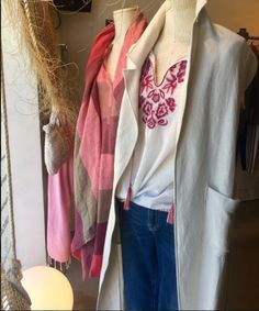 tiendastrezeNewarrivals ‼️#womenstyle #quality #design #sarria #barcelona #multibrand #shopping #ss17 #loveit