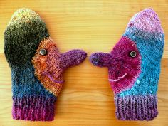 Funny Mittens, Noro yarn by isabelle Fingerless Mittens, Knit Mittens, Knitted Gloves, Knitting Socks, Knitting For Kids, Knitting Projects, Baby Knitting, Knitting Patterns, Yarn Crafts