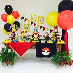 Great ideas for Pokémon's birthday Pokemon Themed Party, Pokemon Birthday, 6th Birthday Parties, Birthday Fun, Fete Laurent, Festa Pokemon Go, Pokemon Party Decorations, Pikachu, Party Time