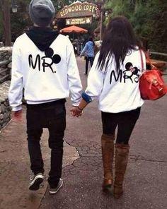 Couples at disney ❤️
