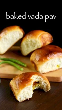 baked vada pav recipe, masala bun recipe, ladi pav with step by step photo/video. healthier, no oil, baked version of mumbai street food vada pav recipe. Vada Pav Recipe, Chaat Recipe, Indian Dessert Recipes, Indian Snacks, Spicy Recipes, Baking Recipes, Fast Recipes, Tapas, Paratha Recipes