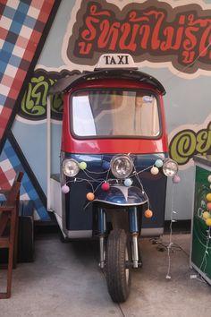 Tuk - Tuk taxi, Bangkok