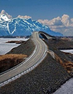 Atlantic Road in Norway. Can I get a hell no?! This is amazing but I'm scared just looking at it. I would probably have a freaking heart attack.