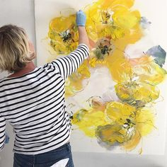 Working on my drawings for in June yellow is a particularily challenging colour- but the most illuminating by bobbieburgers Abstract Painting Techniques, Art Techniques, Painting & Drawing, Art Floral, Abstract Flowers, Abstract Art, Art Design, Interior Design, Oeuvre D'art