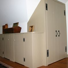 Hand Crafted Custom Closets and Cabinets with Period Hardware New England Homes, New England Style, Interior Trim, Interior Paint, Early American Homes, Build A Closet, Post And Beam, Custom Closets, Next At Home